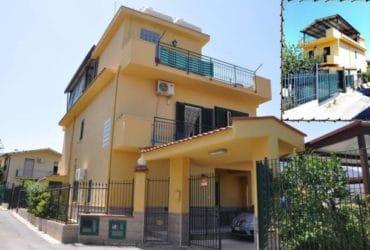"""Vendesi o Affittasi bellissima villa a Trabia """"con due appartamenti"""" zona Giardini (PA)"""