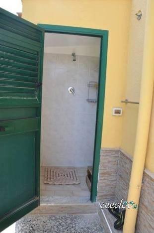 """Affittasi – appartamento in villa a Trabia """""""" zona Giardini (PR-PA)"""