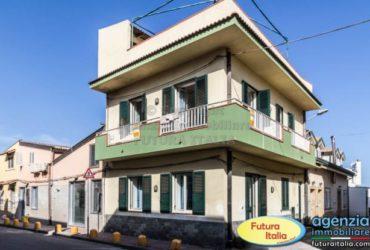 TERME VIGLIATORE – Casa singola a 50 mt dalla spiaggia