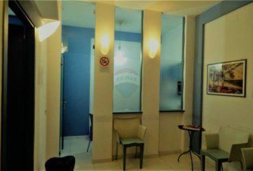 vendo studio dentistico completo di materiali e attrezzature escluso immobile