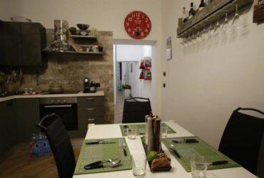 Lazzarella Home – Casa vacanza Napoli Centro