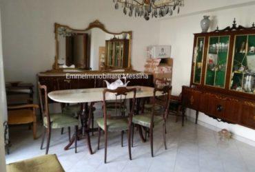 Appartamento Trilocale via Montepiselli, Messina