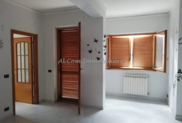 Appartamento sul Corso principale a Ficarazzi (PA)