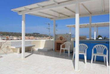 Appartamento con terrazzo a San Vito lo Capo (TP). €. 350