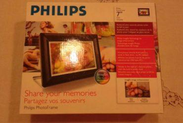Cornice foto digitale Philips 7″ -18 cm in ottime condizioni