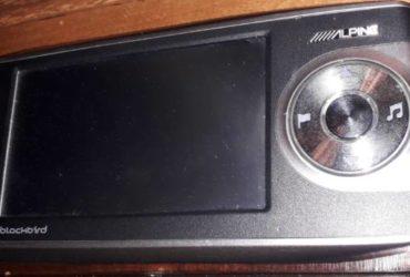 Navigatore portatile Alpine PMD-B200P Blackbird. Vendo come NON FUNZIONANTE