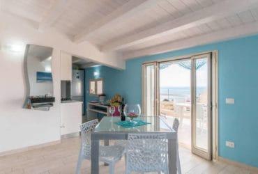 Casa Vacanza a Torre Di Mezzo (RG) vista mare. Da €.100