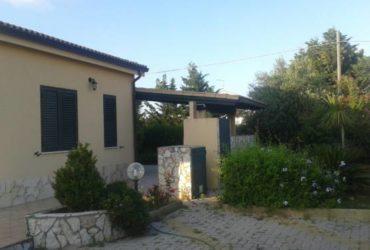 Villetta in residence a Campofelice di Roccella, accesso diretto al mare