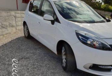 Renault Scenic 1.5 dci anno 2014 Accetto Permuta €.7200