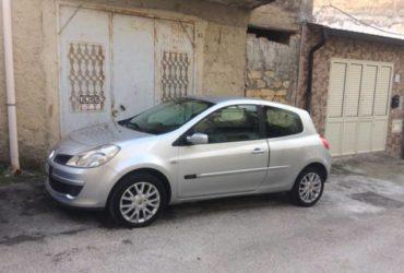 Renault Clio ancora in garanzia a €.2.700 trattabili