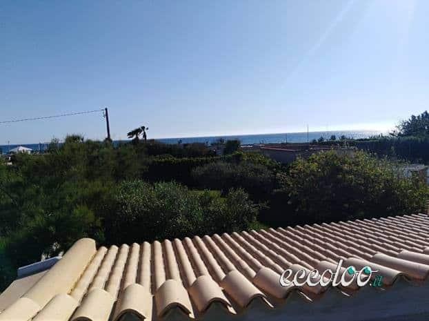Villa sulla spiaggia di Marsala (TP) con ampio giardino