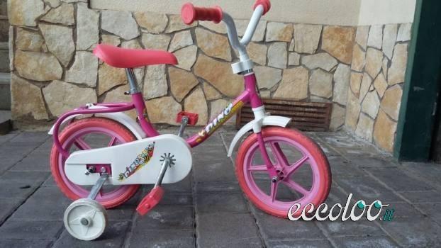 Bicicletta con rotelle 3 Anni, ottime condizioni. €.30