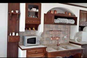 Cucina in finta muratura e legno massello a €.2500