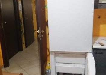 Frigorifero con congelatore perfettamente funzionante. €.80