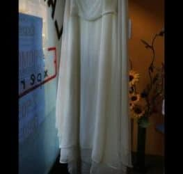 Vestito da sposa bianco taglia 46/48. €. 350