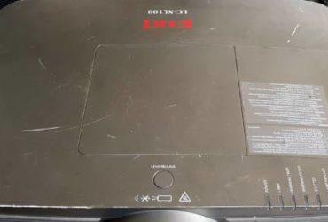 Proiettore Eiki LC-XL100