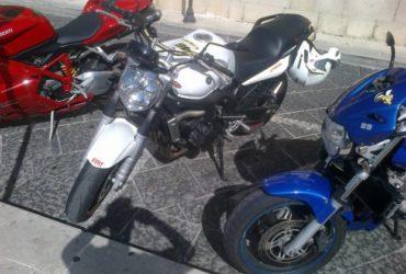 Yamaha bellissima moto vendo per inutilizzo. €.2000