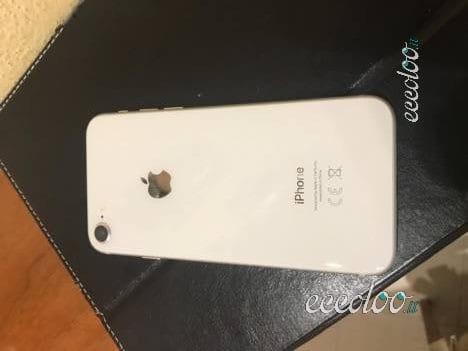 iPhone 8 256GB SILVER con accessori e scontrino. €. 600