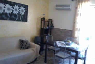 Appartamento nel centro di Acicastello fronte mare. €. 50