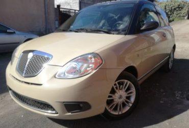 Lancia ypsilon 1.3 multijet platino con tettuccio. €. 4490