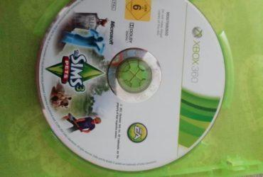 The sims 3 per xbox 360. Spedisco in Italia. €. 10