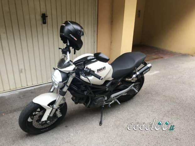 Ducati Monster 696 Plus. €. 4.499