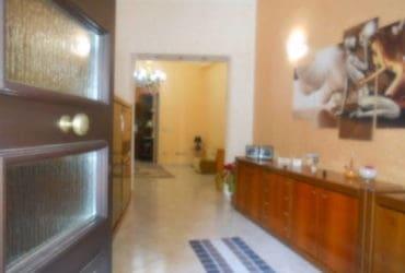 Appartamento arredato piano terra e posto auto Castelvetrano, zona San Giovanni. €. 330