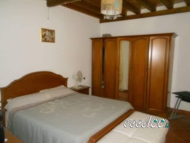 Casa indipendente su tre livelli a Castelvetrano. €. 70000
