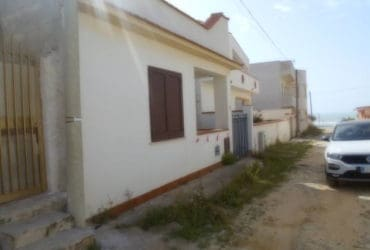 Casa indipendente zona Tre Fontane. €. 60.000