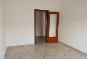 Appartamento in condominio a Marsala, via Cavour. €. 185000