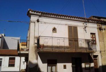 Casa indipendente a Spadafora. €. 55000