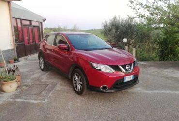 Nissan Qashqai 1.5 Td gomme nuove gancio traino. €. 13900
