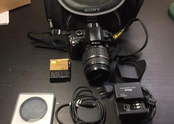 Fotocamera reflex Nikon D60 con accessori. €. 300