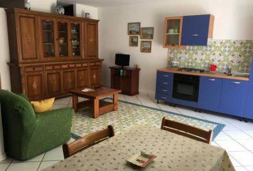 Appartamenti in Villa ad Ischia (Casamicciola Terme). €. 400