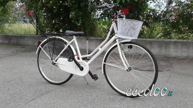 Bicicletta donna Olandese, ruote da 26. €. 120
