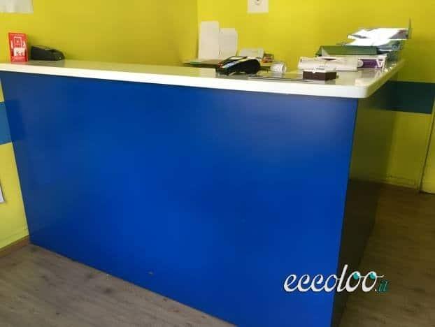 Bancone reception in ottime condizioni + mobile. €. 550