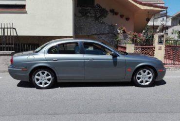Jaguar S-Type per immediato realizzo. €. 2600