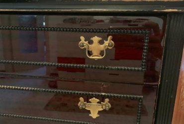Mobile vintage legno e marmo 78x44x94. €. 65