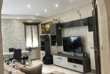 Appartamento ristrutturato a Torino con cucina arredata. €. 135000 trat.
