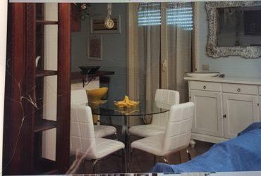 Grande ed elegante appartamento a San Leone. €. 300