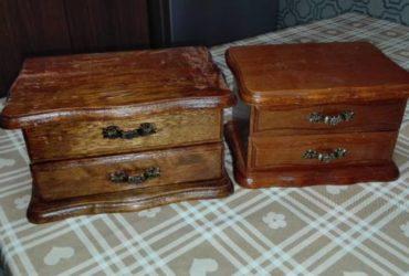 Mobiluccio porta gioielli in legno