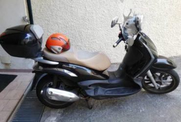 VENDESI BEVERLY PIAGGIO 300 i ANNO 2009. €. 1200