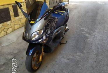 Yamaha Tmax 500 2003. €. 2600 tratt.