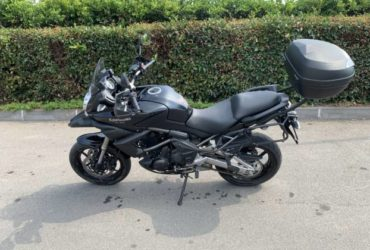 Kawasaki Versys 650. €. 4200