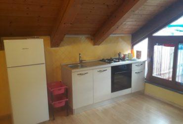 Affitto appartamento mansardato a Vietri sul mare. €. 70