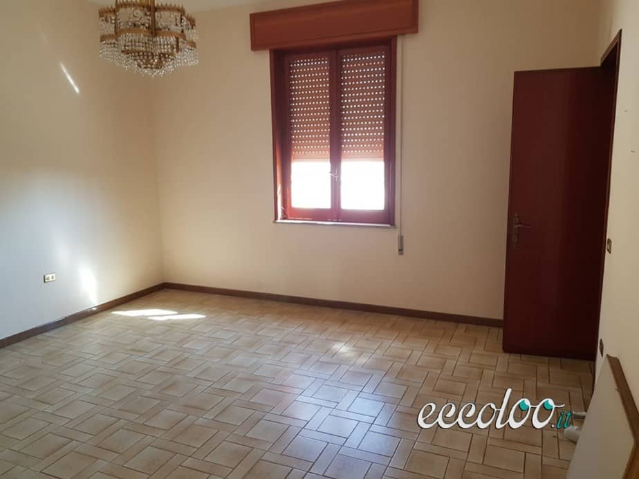 Abitazione indipendente con terreno Marsala. €. 85000