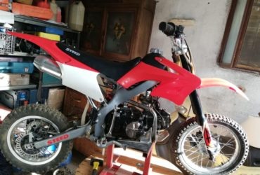 Moto mini cross pit bike a 4 tempi 125 cc